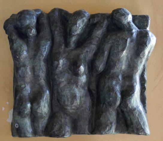 Relieve en bronce de 3 figuras de 28x53 cm.