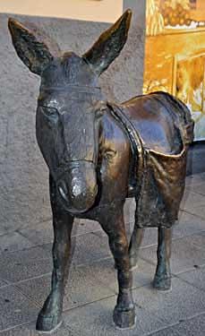 Agüimes. El burro, 1999 / Bronce, Tamaño natural