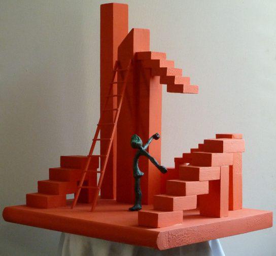 Homenaje a Escher XI New York, 2012 / 44 x 34 x 54 cm / Bronce y Madera / Ana Luisa Benítez y Manuel Cyphelly