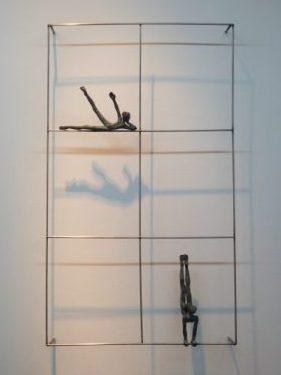 Acróbatas VIII. 2016. Estructura de acero. figuras de bronce 18 y 21 cm