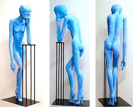 Ruth, 2011 / 123 cm / Cemento especial pintado con pigmento azul